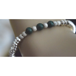 Tire bracelet