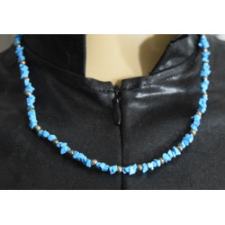 Flakes necklace