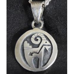 Ariens pendant