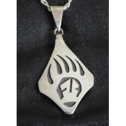 Strength pendant