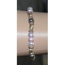 Fancy pearl bracelet