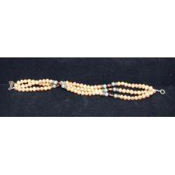 Fantasy pearl bracelet