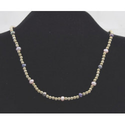 Pearl necklace and beads